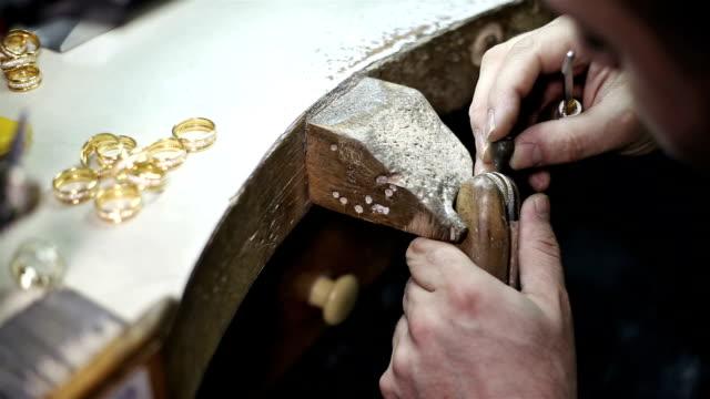 jewelery, - schmuck stock-videos und b-roll-filmmaterial