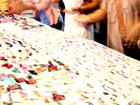 Jewellery open market stall video