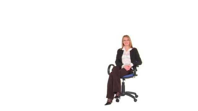 vídeos de stock e filmes b-roll de hd: entrevista de trabalho - chair