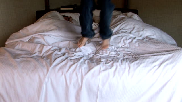 HD: Jump out of bed video