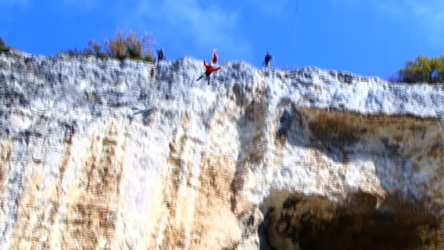 ponticello - bungee jumping video stock e b–roll