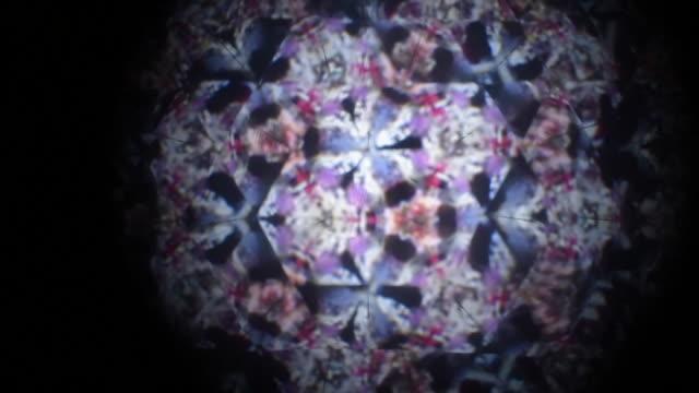 stockvideo's en b-roll-footage met caleidoscoop - mandala