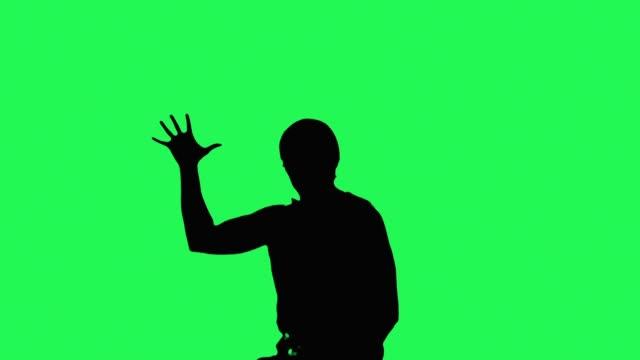 vídeos y material grabado en eventos de stock de karatist que muestra las habilidades - kárate