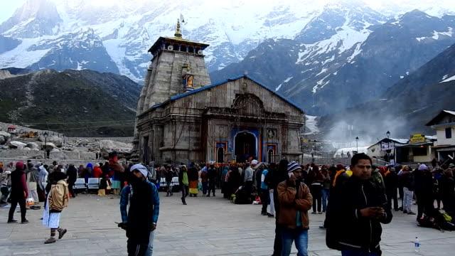 kedarnath temple - pilgrimsfärd bildbanksvideor och videomaterial från bakom kulisserna