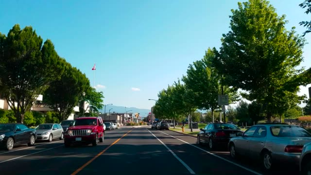 vídeos de stock, filmes e b-roll de kelowna i okanagan valley | colúmbia britânica do canadá - região thompson okanagan colúmbia britânica