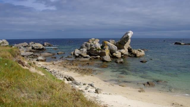 vidéos et rushes de plage de kerlouan dans le finistère en bretagne, france - bretagne