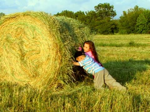 Kids on a Farm video