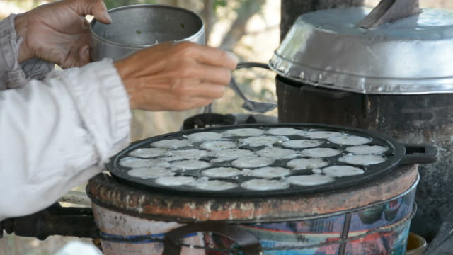 kind of Thai sweetmeat . Coconut milk mix with powder video