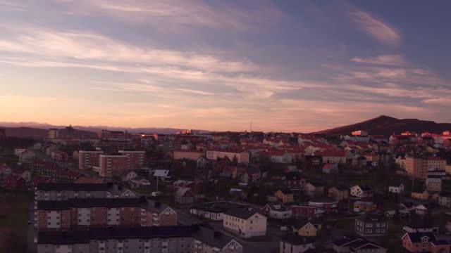 antenn: kiruna city och berget kiirunavaara - norrbotten bildbanksvideor och videomaterial från bakom kulisserna