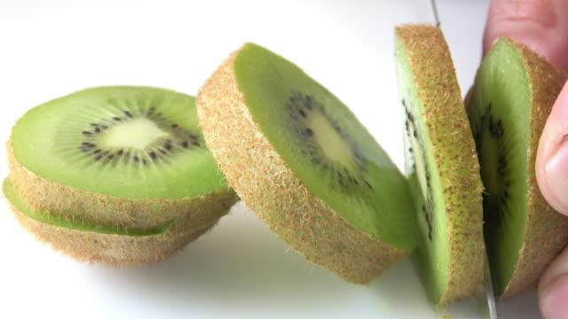kiwifrukt - kiwifrukt bildbanksvideor och videomaterial från bakom kulisserna