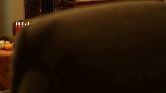 Kwanzaa Travelling a la izquierda - vídeo