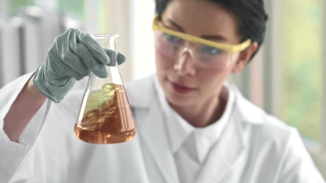 laboratory analysis - sostanza chimica video stock e b–roll