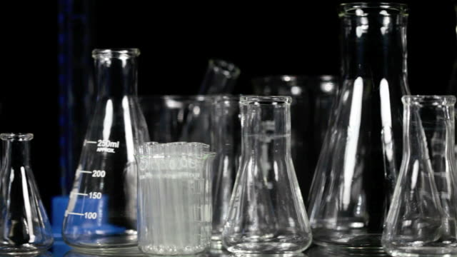 Laboratory glassware pan video