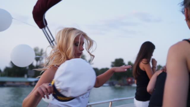 Noite de Ladie - vídeo