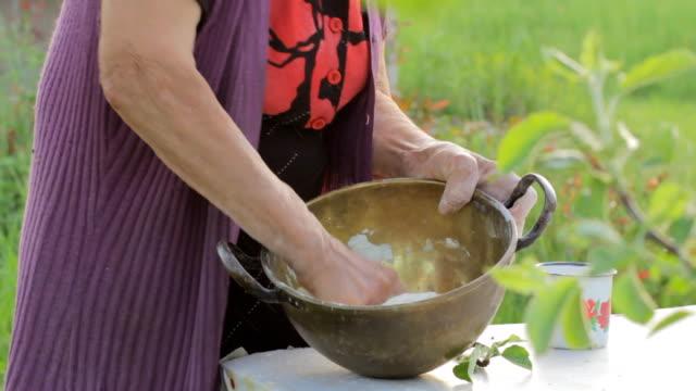 Lady Farmer Makes Bread video