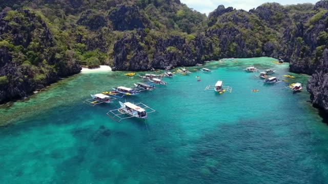 laguna di palawan - filippino video stock e b–roll