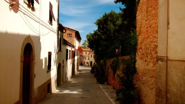 lajatico, tuscany, italy - cisza filmów i materiałów b-roll