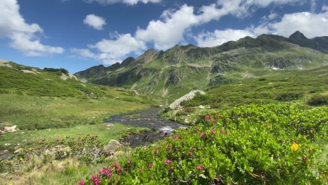 lake giglachsee in the styrian tauern - austria. - styria filmów i materiałów b-roll