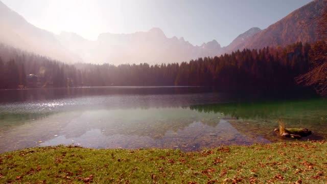 4 SEASONS Lake in the mountains