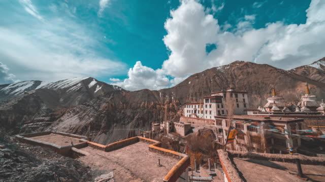 stockvideo's en b-roll-footage met lamayuru klooster in india - klooster