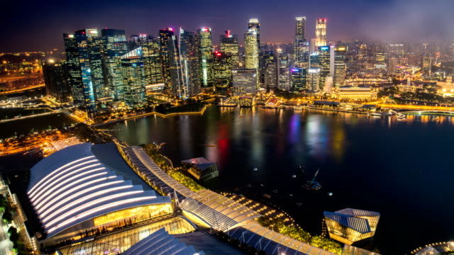 TL D2N Landscape of the Singapore financial district and business building in evening lights from sands SkyPark observation deck