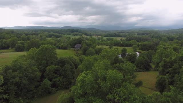 landschaft mit bergen - pennsylvania stock-videos und b-roll-filmmaterial
