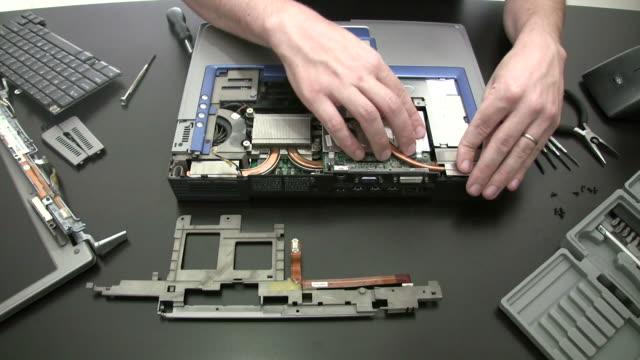 laptop repair - reparera bildbanksvideor och videomaterial från bakom kulisserna
