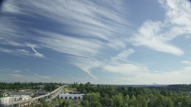 Large Cirrus Clouds Over the Seattle-Tacoma Area