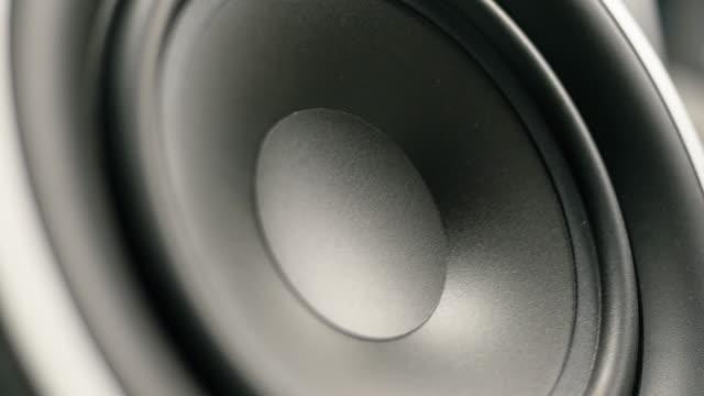 Large Speaker Bumping video