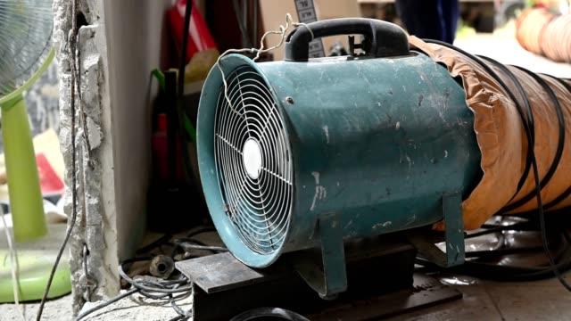 Large suction hose engine with tube vacuuming dust