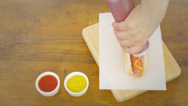 latin hotdog - ketchup video stock e b–roll