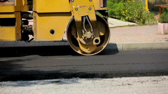 Laying Asphalt Special Equipment video