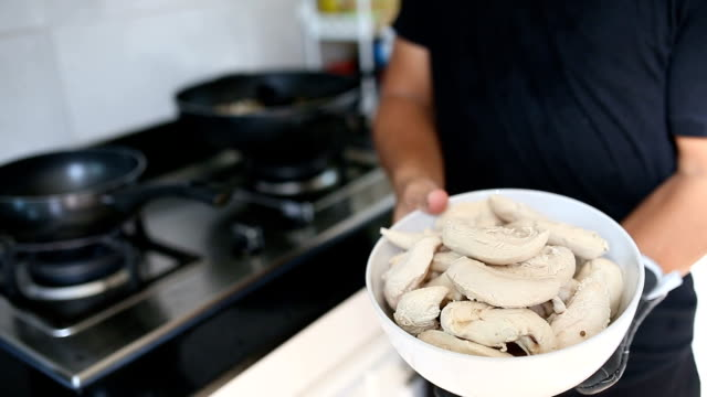 Lean Chicken Breast cooking. video