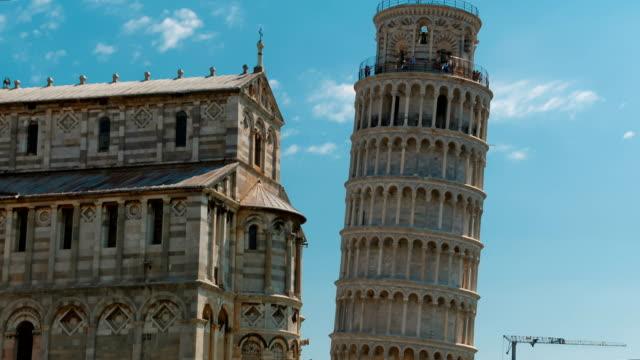 leaning tower of pisa, toskana, i̇talya - pisa kulesi stok videoları ve detay görüntü çekimi