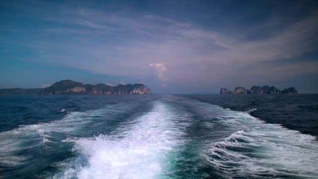 Leaving Phi Phi Islands, Thailand video