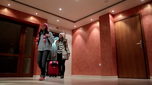 Leaving the hotel at the end of the winter vacation video