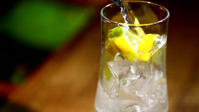レモンのソーダ ビデオ