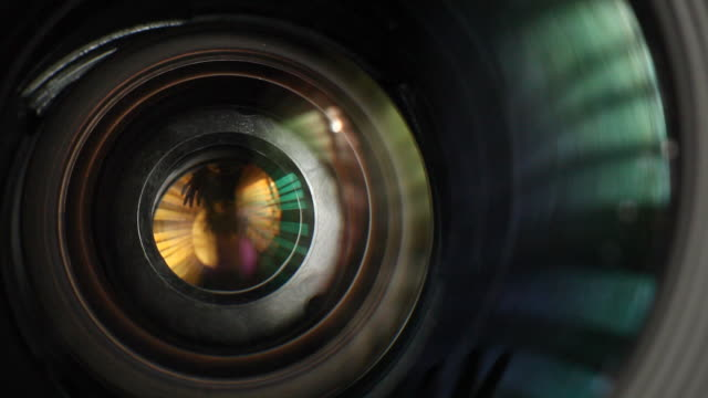 Lens operation video