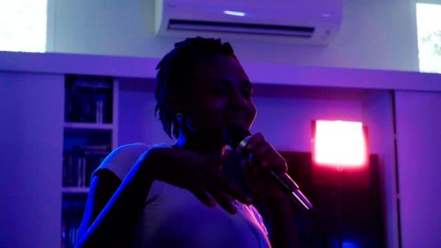Let's sing karaoke video