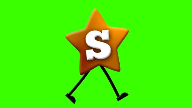 vídeos y material grabado en eventos de stock de letra s en alfabeto latino y carácter que camina en greenscreen - letra s