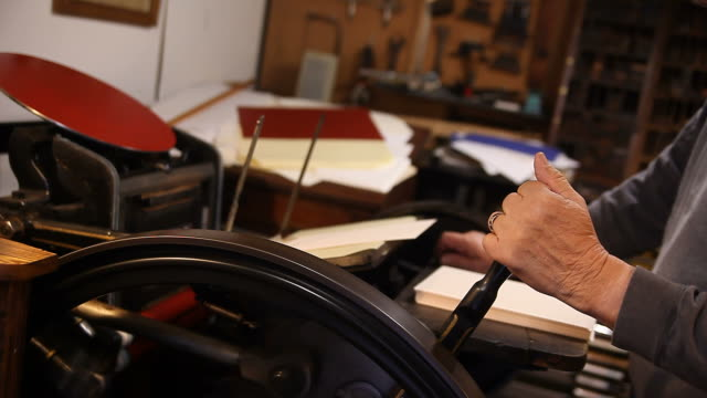 letterpress printing out video