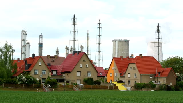 Leuna refinery with suburban houses in the foreground video