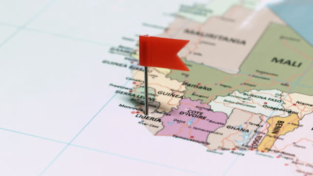 liberia with pin - континент географический объект стоковые видео и кадры b-roll
