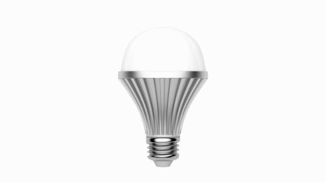 vídeos de stock, filmes e b-roll de luz de led bulb - led