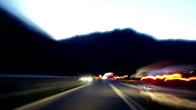 光狂乱トンネル - 叙情的な内容点の映像素材/bロール