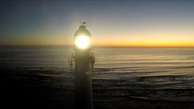 leuchtturm, kommetjie, kapstadt, südafrika - leuchtturm stock-videos und b-roll-filmmaterial