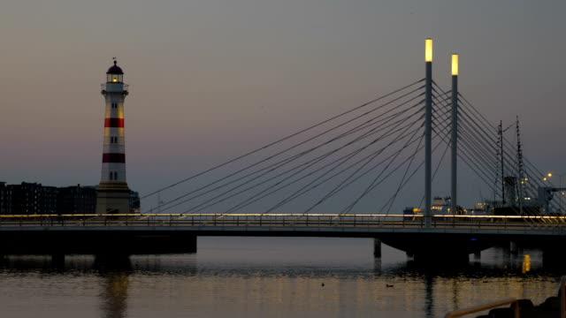 fyren och bridge i sent på kvällen - dansk kultur bildbanksvideor och videomaterial från bakom kulisserna
