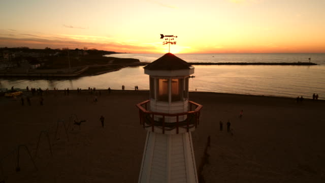 Lighthouse Fly By