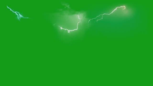 grafica di movimento del bullone di illuminazione con sfondo schermo verde - cielo minaccioso video stock e b–roll