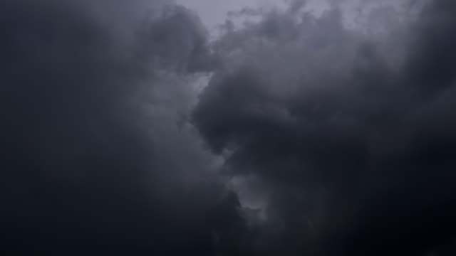 Lightning Cloud - video